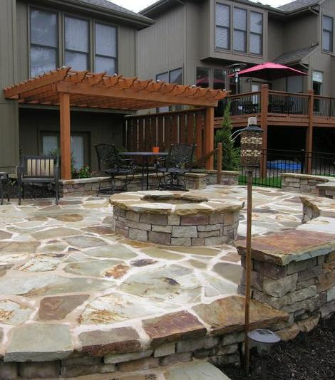 Canyon Ledge - Rustic Amber Firepit. Manufactured Stone Products.