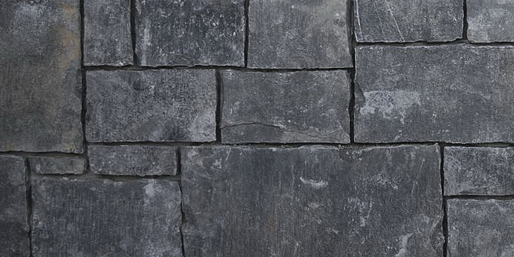 NATURAL STONE VENEER CASTLE BLACK RUNDLE TILE